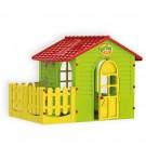Žalias vaikiškas namelis su terasa