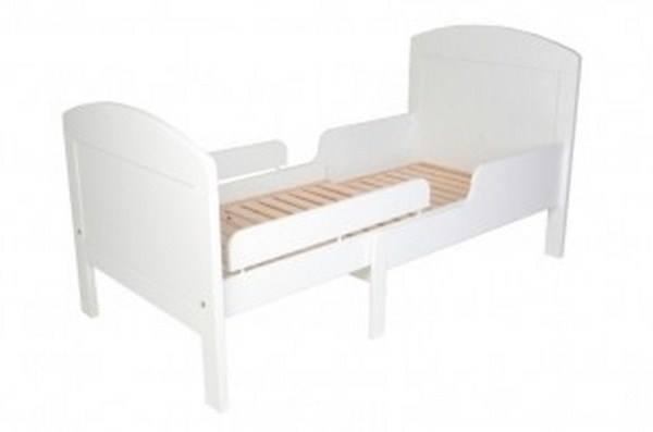 Auganti vaikiska lovyte